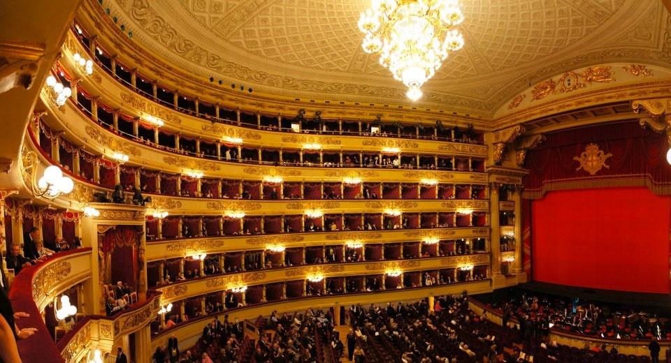 Limousine & Chauffeur Service Teatro alla Scala